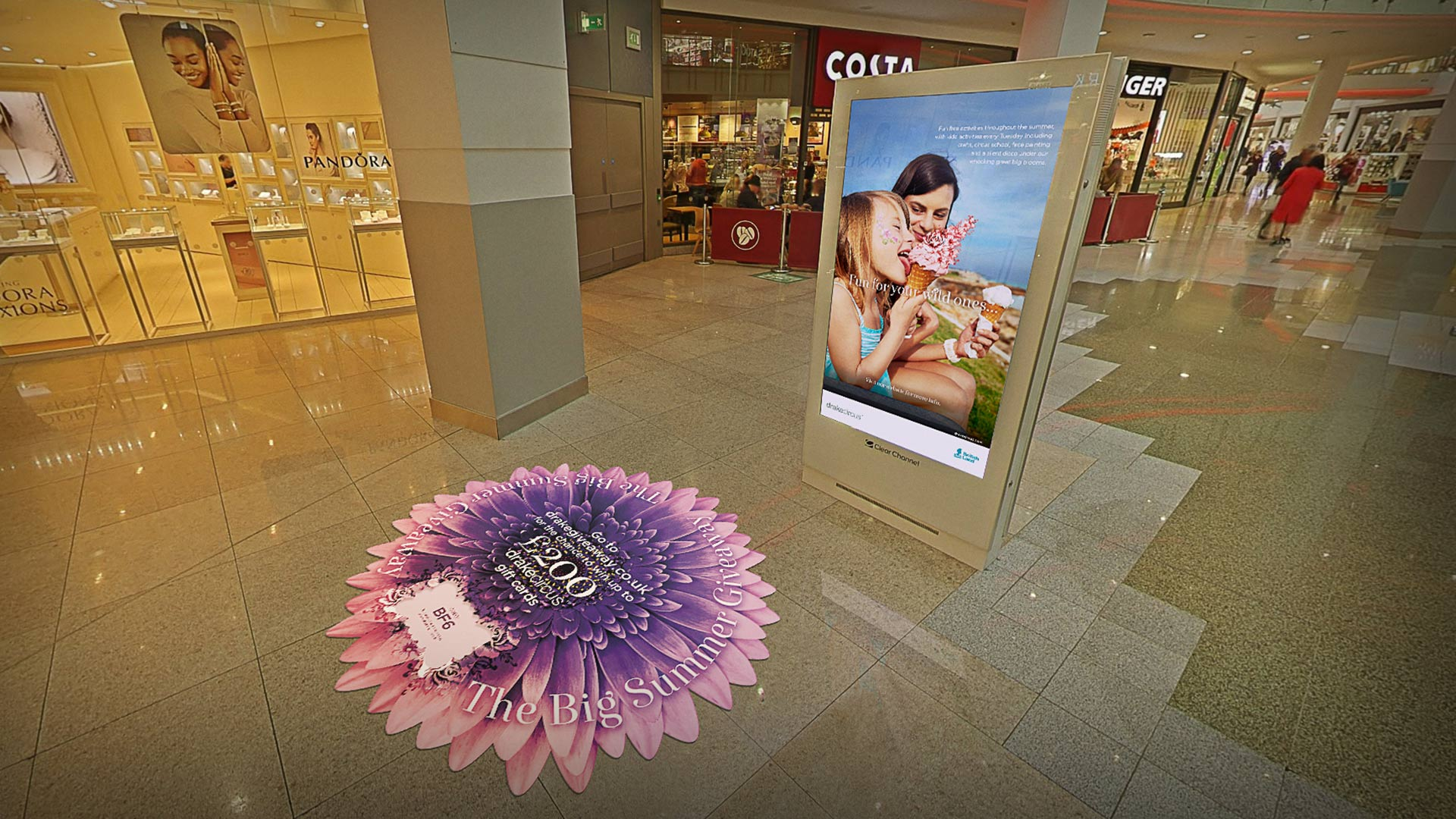 Drake Circus Summer in-centre digital ad